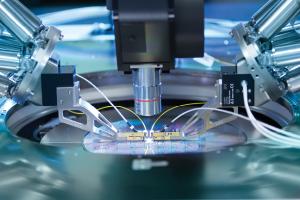 Silicon Photonics (SiPh) - Close-up   FormFactor, Inc.